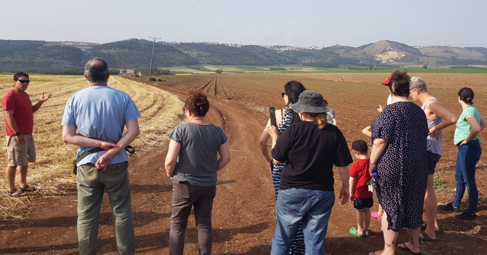 סיור חקלאי - כפר הנופש מזרע