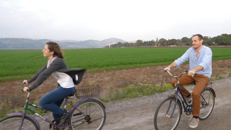 רכיבת אופניים בכפר נופש מזרע