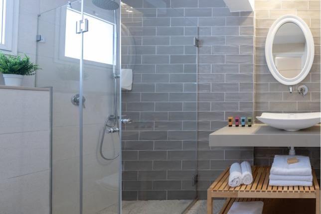שירותי חדר סופירייר - כפר נופש מזרע