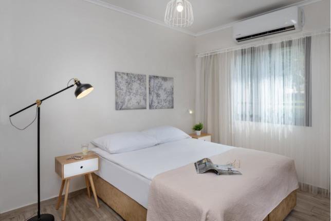 מיטה חדר קלאסיק - כפר הנופש מזרע